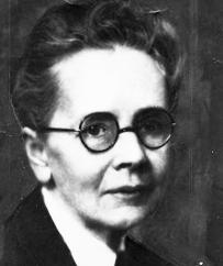 julia morgan Julia morgan was a trailblazer in her chosen field of architecture she was one of  the first women to receive an engineering degree from the.